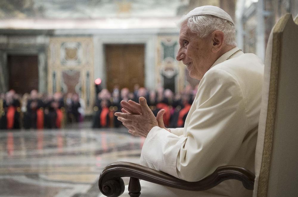 Il Credo commentato dal Papa